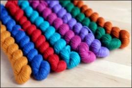 """""""Fancy Free""""  Mitten Yarn Kit"""