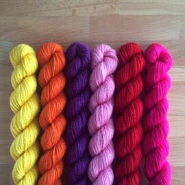 'Warm' Mitten Yarn Kit