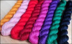 'Tulip Garden' Mitten Yarn Kit